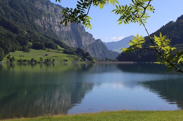 Le lac du Klöntal