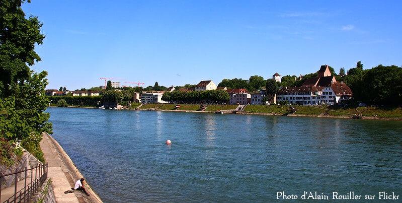 Les bords du Rhin dans le canton de Bâle-Campagne